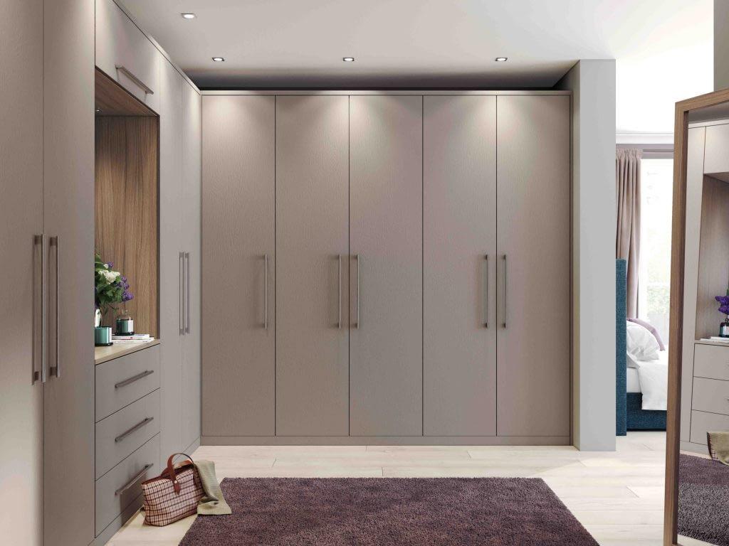 Hyde fitted bedroom door