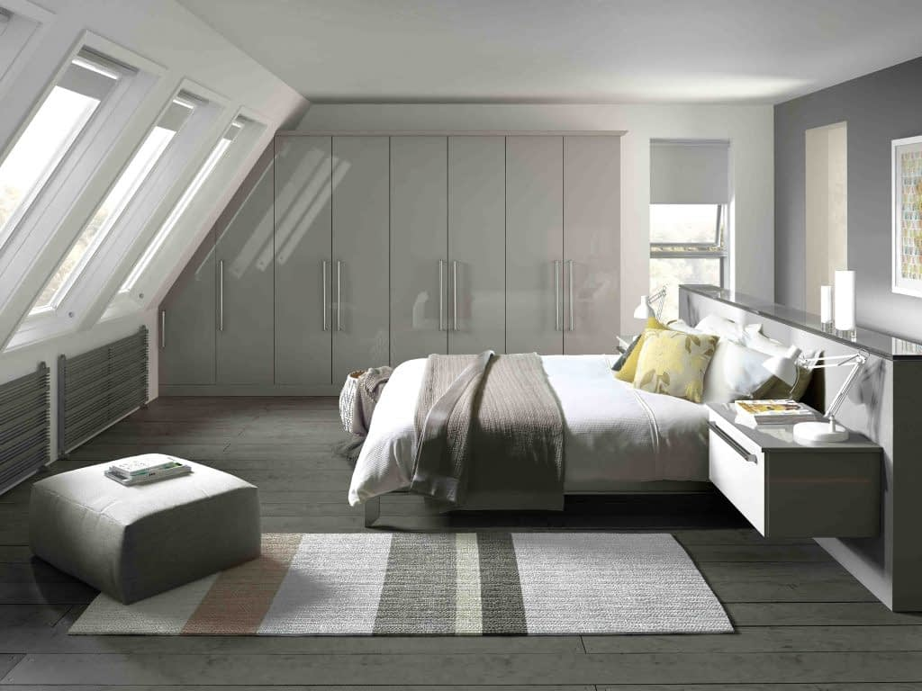 Phoenix 1 fitted bedroom door