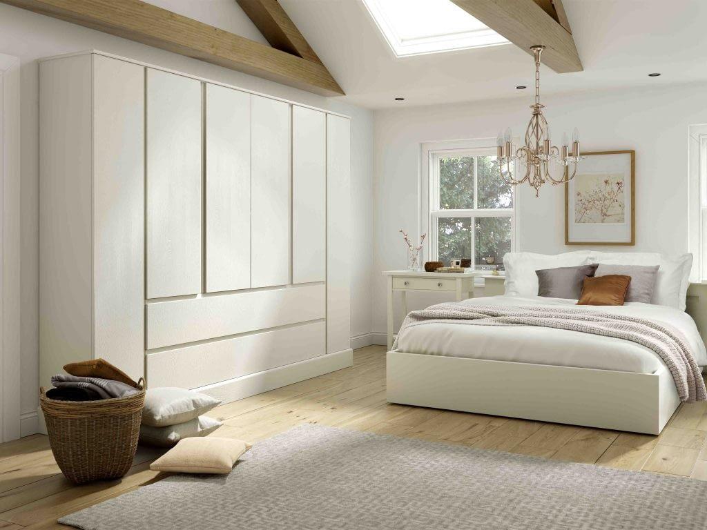 Harrow fitted bedroom door